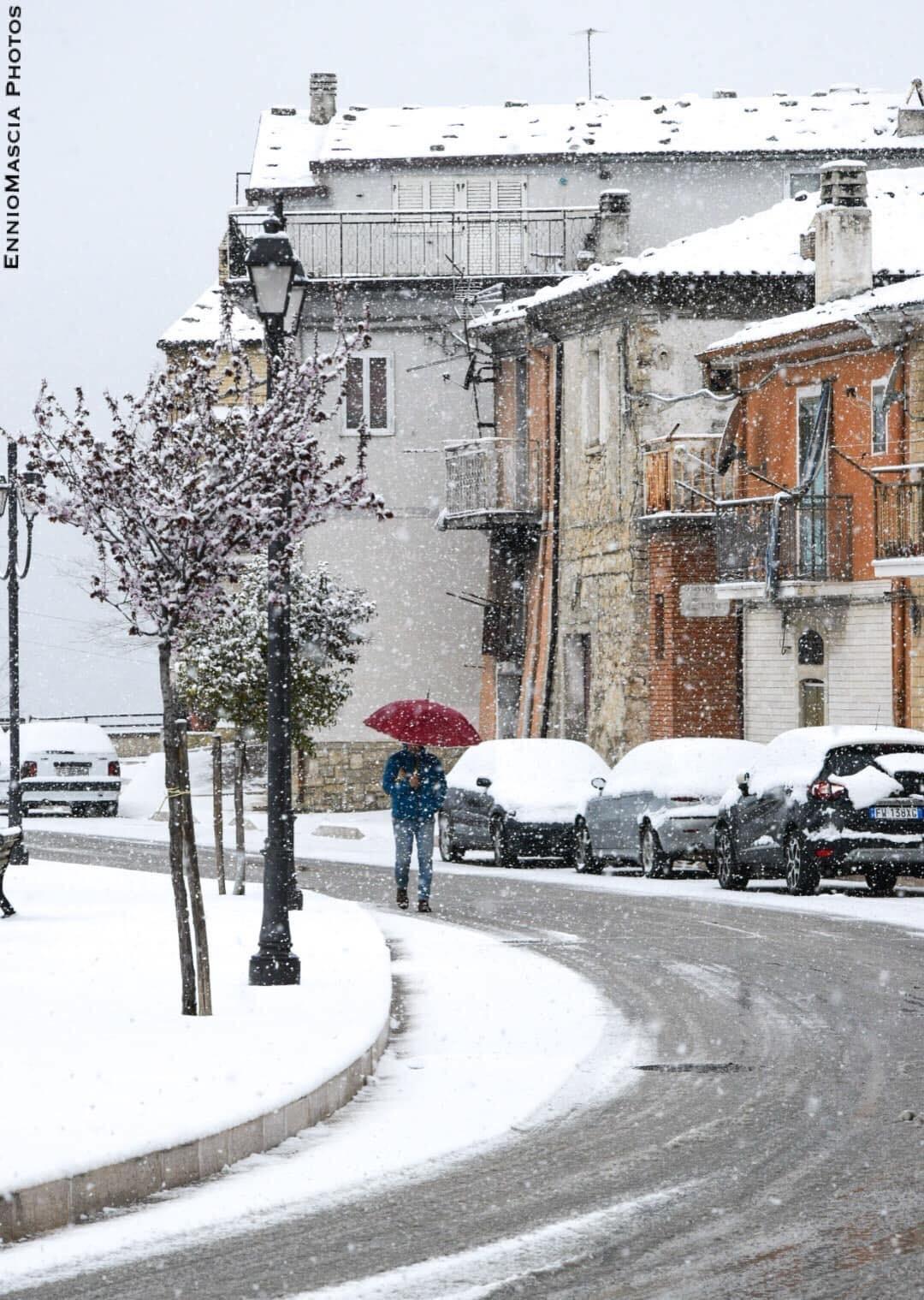 photo: Meteopuglia in Foto; desc: snow from Castelluccio Valmaggiore