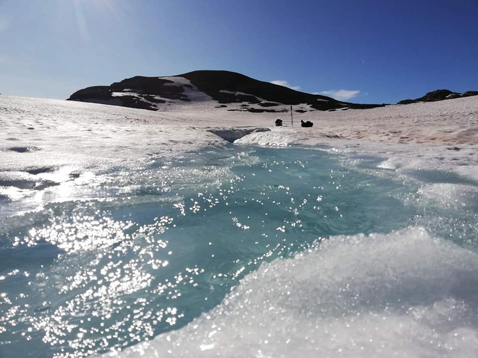 photo: Gianluca Abieri; desc: Rocciamelone Glacier melwater