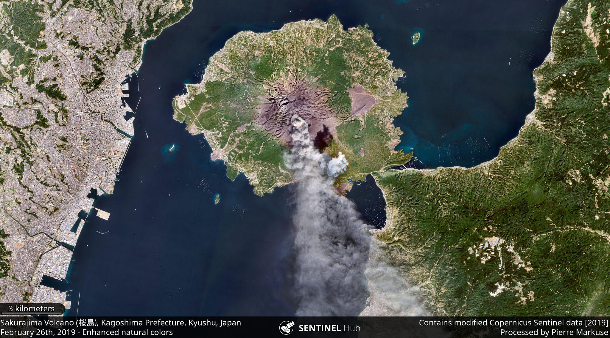 desc:Sakurajima Volcano (桜島), Kagoshima Prefecture, Kyushu, Japan;photo: Copernicus/Pierre Markuse