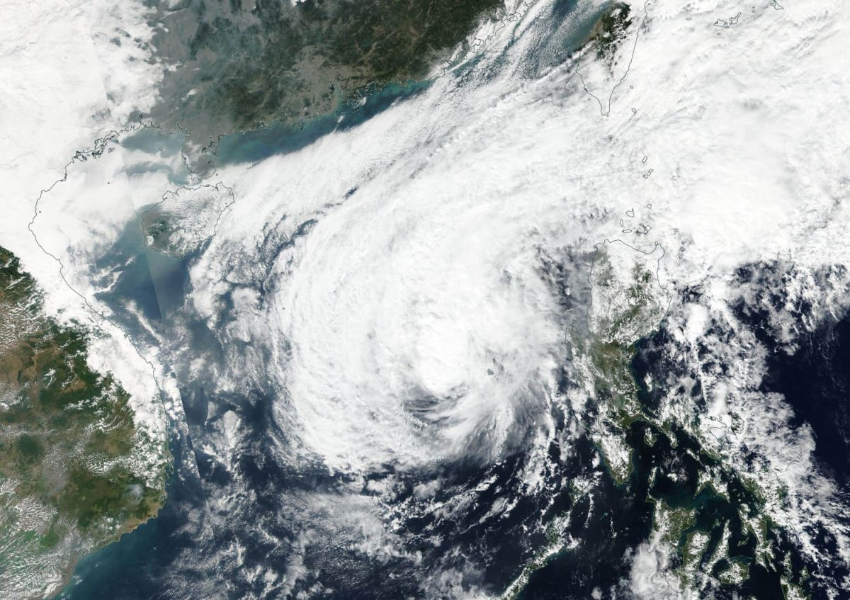photo:NASA Worldview, Earth Observing System Data and Information System (EOSDIS);desc:Suomi NPP Image of Phanfone