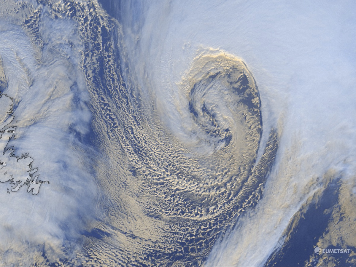 photo:Windy.com/EUMETSAT;desc:Monster extratropical cyclone over North Atlantic;licence:cc;