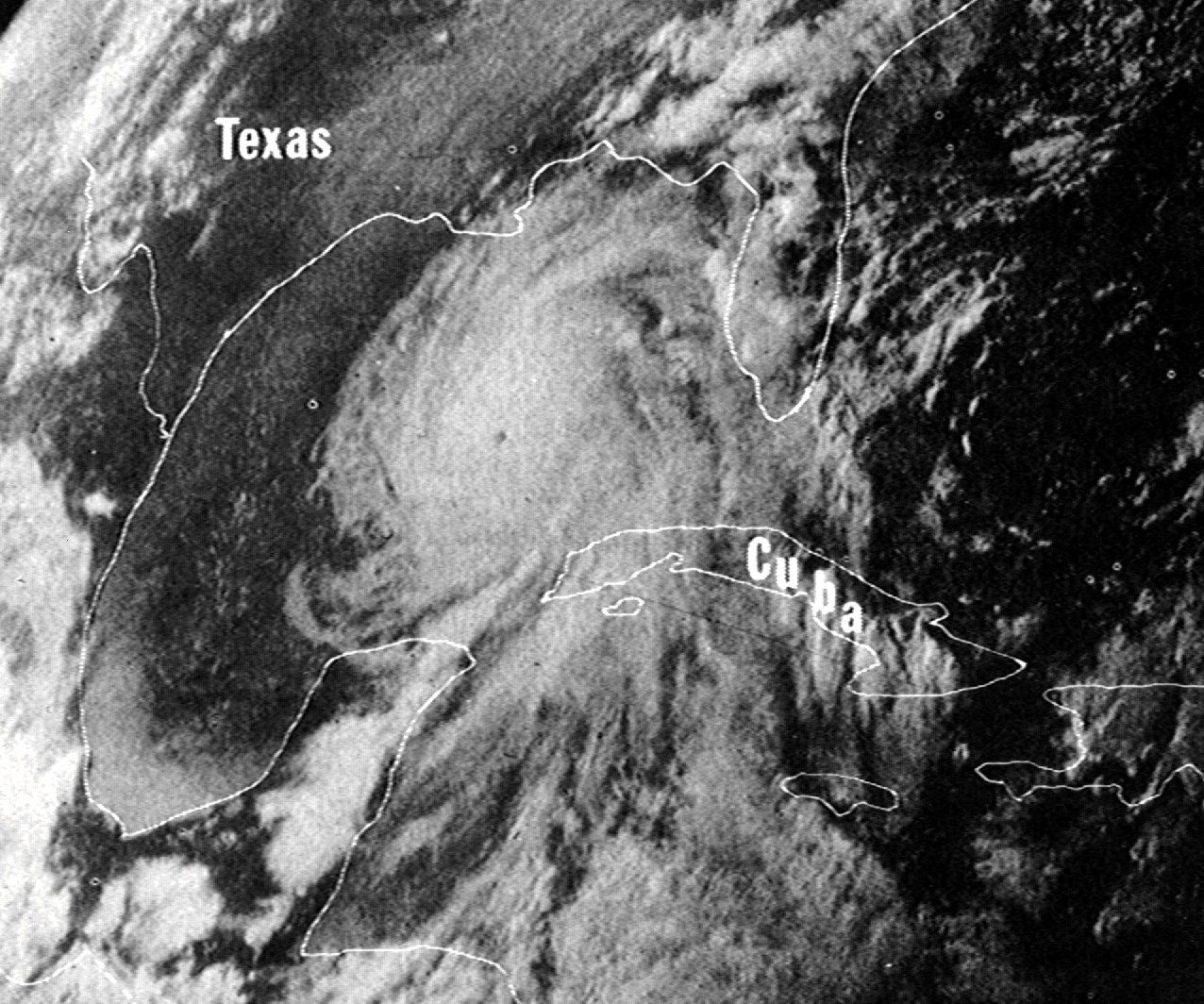 photo:NOAA / National Climatic Data Center; desc:Hurricane Camille on August 16, 1969. Image capture by NASA's ATS III satellite. ;