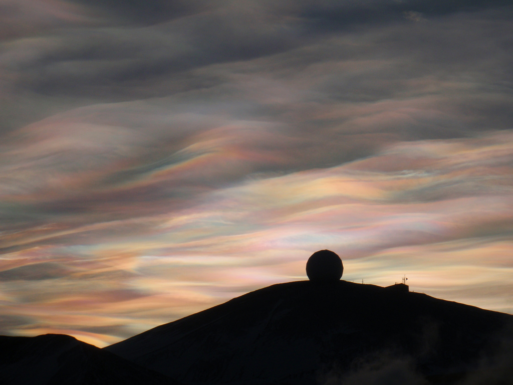 photo: Alan Light from Charlotte, USA; desc: Nacreous clouds in Antarctica