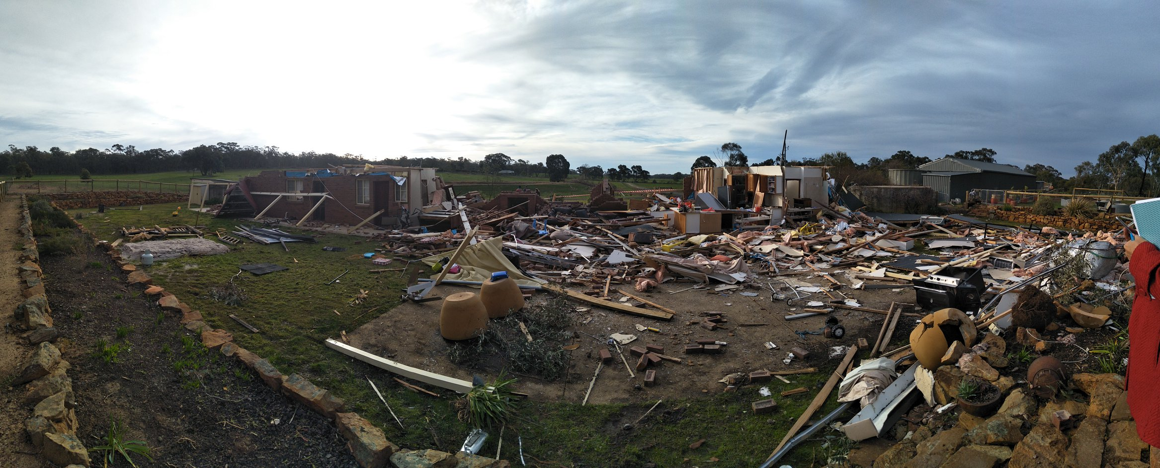 photo: Bureau of Meteorology;desc: Damage from tornado in Axe Creek near Bendigo, Vic, 29 June 2019;